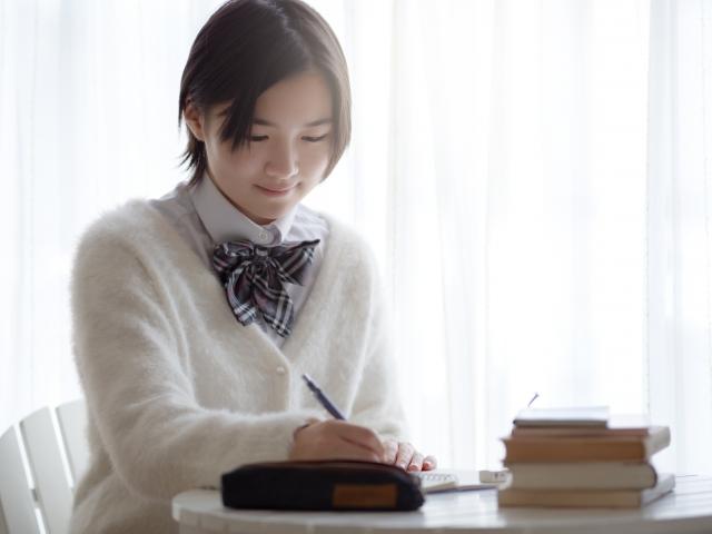 塾生に好評!ネット塾で初めてのオンライン自習室、勉強がはかどります!